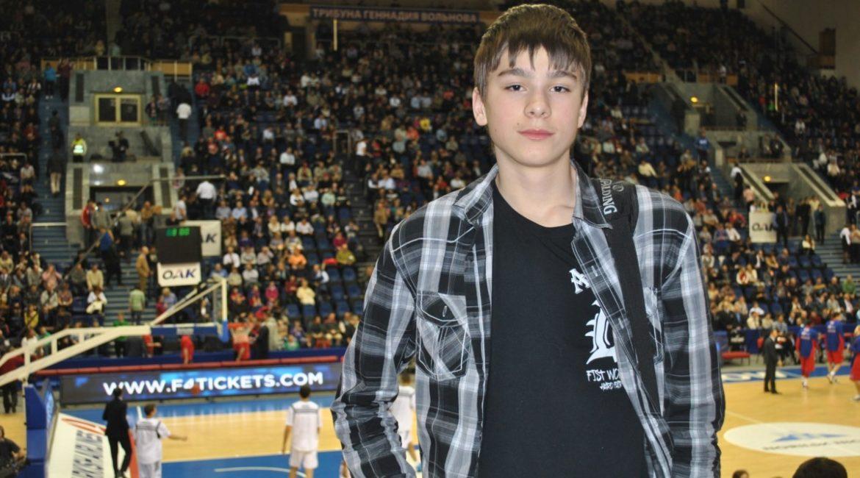 Александр Суханов в составе сборной U18